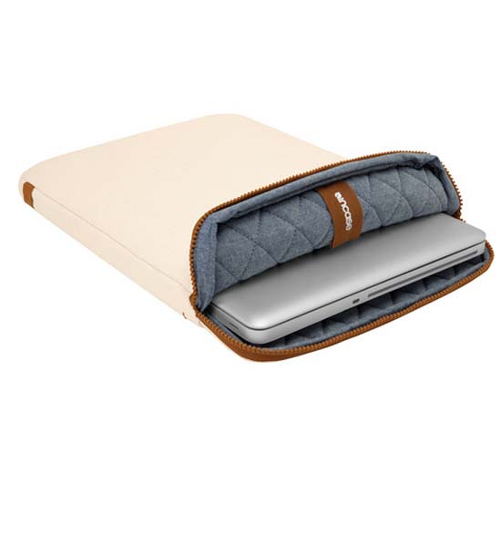 "Incase Terra Collection 15"" Sleeve Natural Canvas"